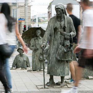 Denkmal des Anonymen Passanten
