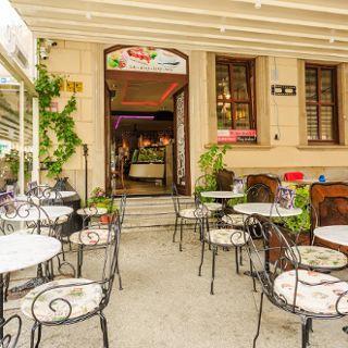 Amorinio Ice Cream & Grand Cafe