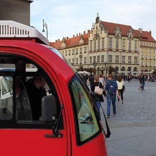 Zdjęcie wydarzenia Stadtrundfahrt mit dem E-Auto (1,5 h)