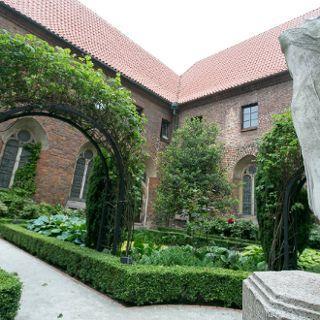 Wirydarz Muzeum Architektury