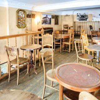 Przedwojenna Bistro Bar