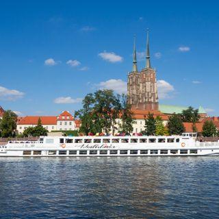Wratislavia Floating Restaurant