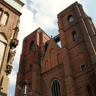 """Zdjęcie wydarzenia """"Tajemnice, legendy i czarownice..."""" spacer po Wrocławiu"""