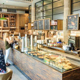 Starbucks Oławska